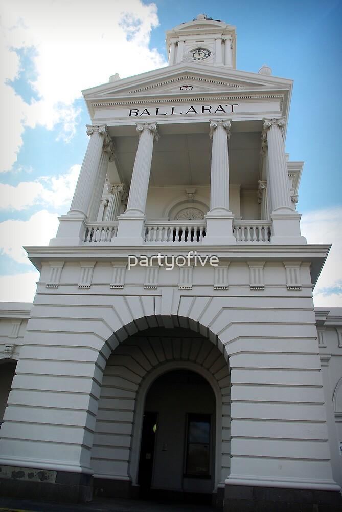 ballarat train station.. by partyofive