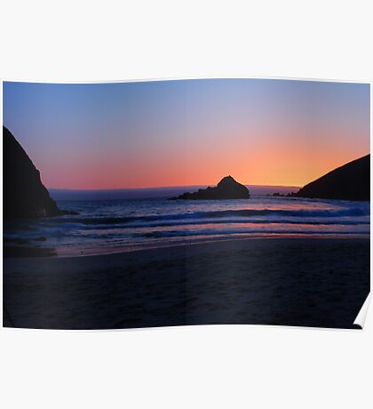 Shooting Beauty: Big Sur's foggy sunset, incoming tide 2 Poster
