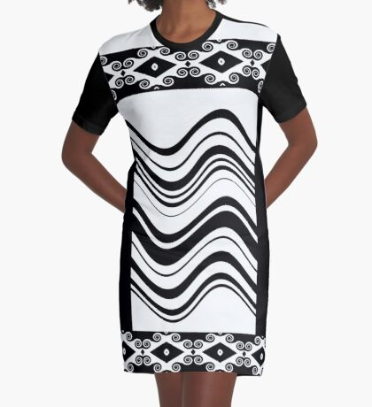 Diamond Curls Graphic T-Shirt Dress