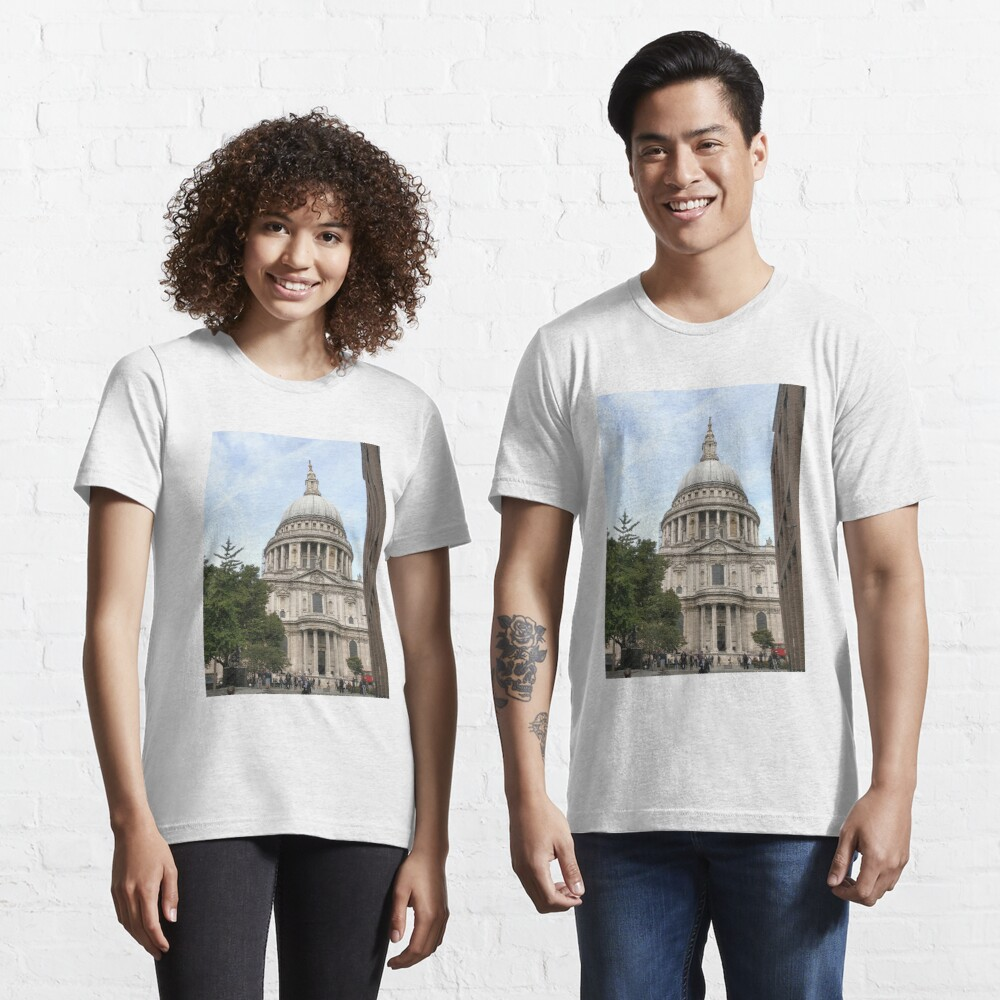 St Paul Cathedral London England Anglican  Essential T-Shirt