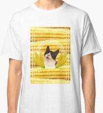 Cats want the corn!! Classic T-Shirt