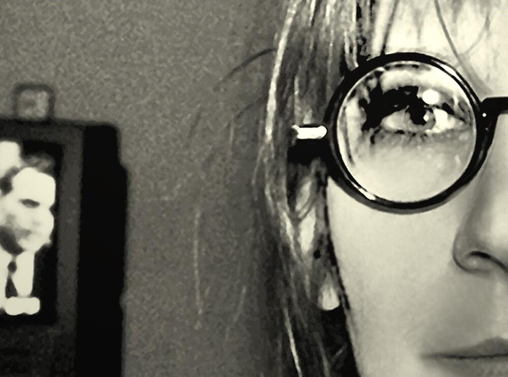 tv eye by goldsardine