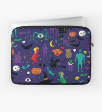 Retro Halloween - original - Halloween pattern by Cecca Designs Laptop Sleeve