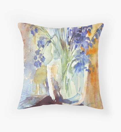 Charming naturalness Throw Pillow