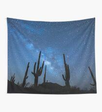 Milchstraße Skyscape in der Wüste voller Sukkulenten Wandbehang