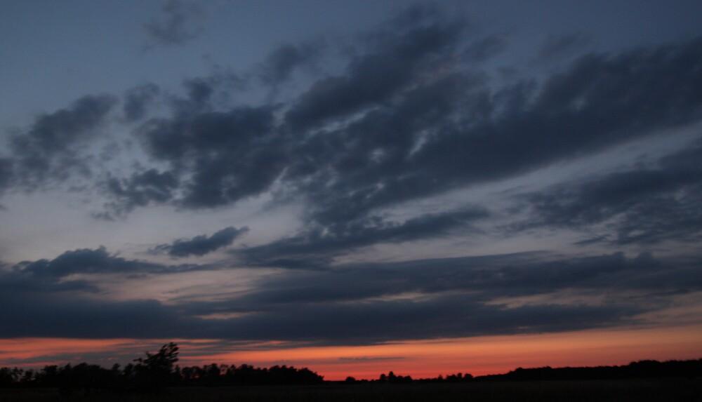 Sunset  by Gaz Gazmajster