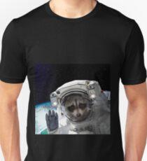 face Raccoon astronaut Space Galaxy    T-Shirt