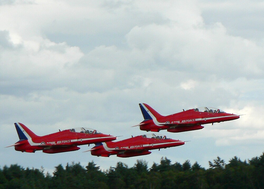 Red Arrows by abby hughes