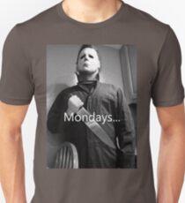 Michael Myers hates mondays. T-Shirt