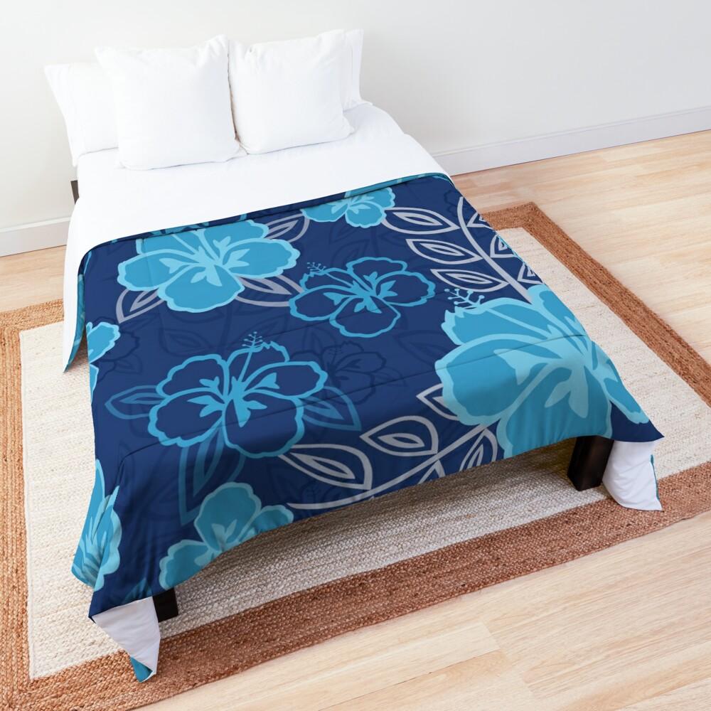 Blue Hawaiian Hibiscus Pattern Comforter