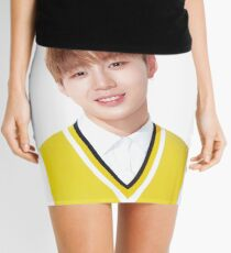 Wanna One x Ivy Club ft. Ha Sungwoon (하성 월)  Mini Skirt