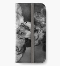 """""""Mia Rose"""" iPhone Wallet"""