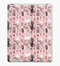 Jiji Cat Pattern iPad Case/Skin
