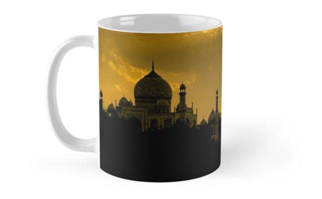 Taj Mahal God Rays - Mug by Glen Allison