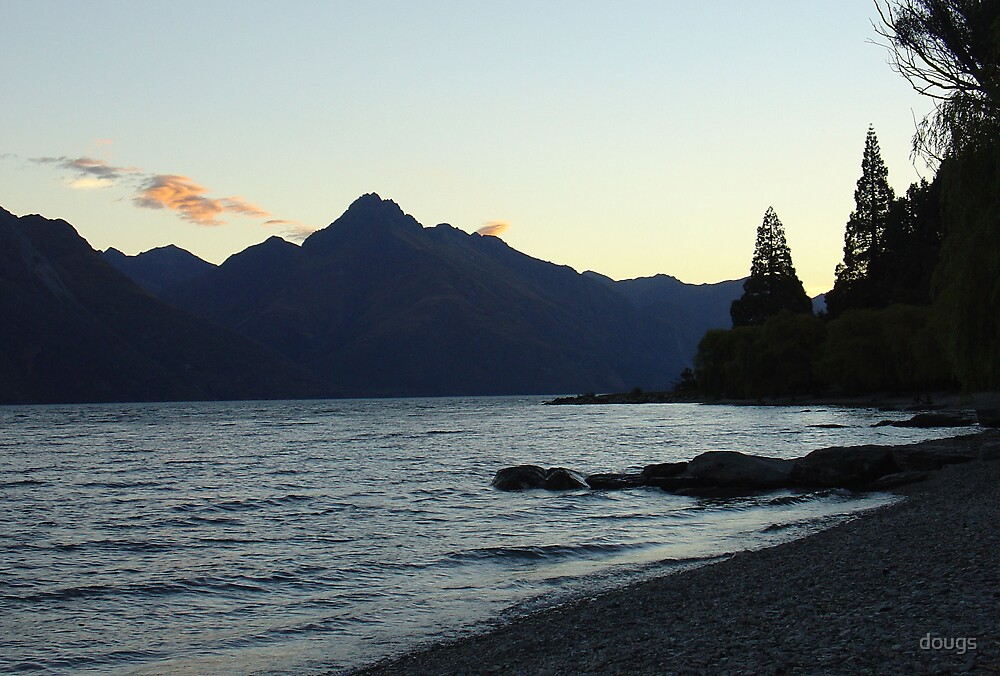 Lake Wakatipu by dougs