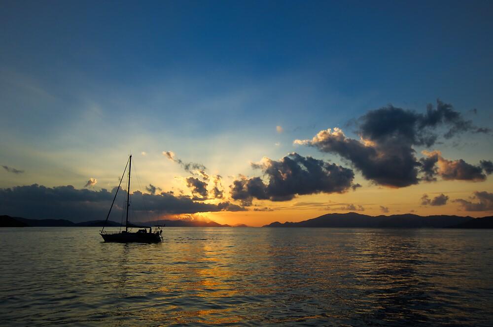 Sailing Sunrise by Glenn Barnett