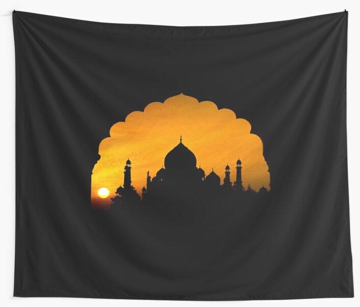 Fluted Arch Taj Mahal - Wall Tapestry by Glen Allison