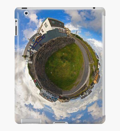 Tigh Ruairi - Inisheer Village (Sky out)  iPad Case/Skin