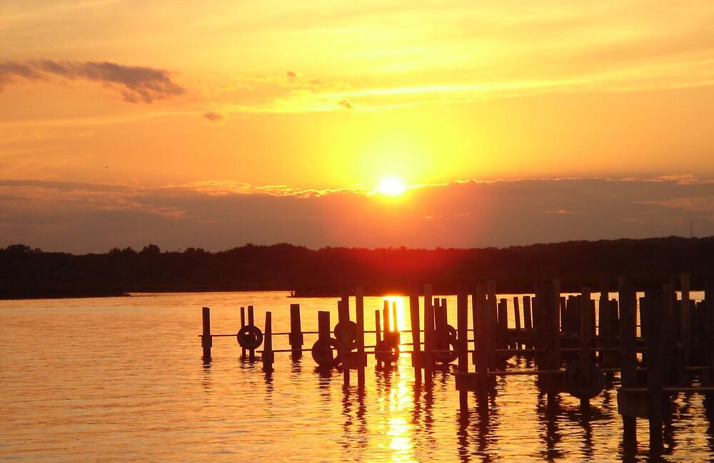 Sunset  by brattigrl