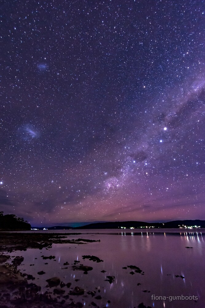 An Auroraless night by fiona-gumboots