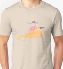 Bulma - Riding the Cloud T-Shirt