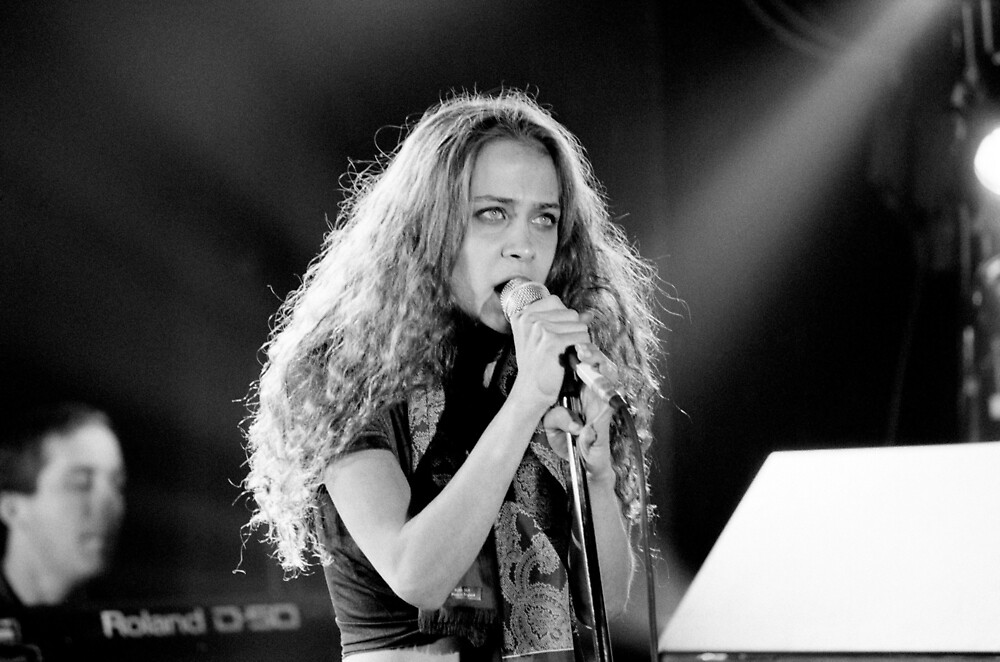 Fiona Apple by MimiBenfield