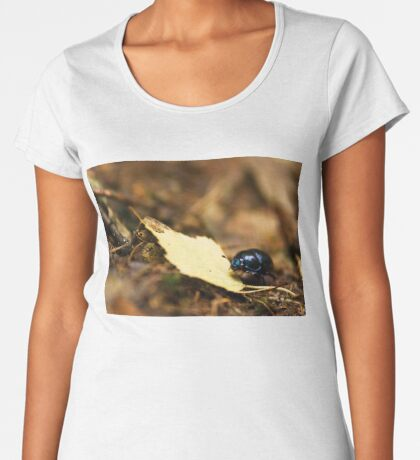 Beetle and his journey Women's Premium T-Shirt