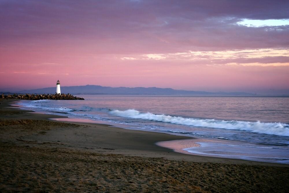 Santa Cruz lighthouse II by maximusvibe
