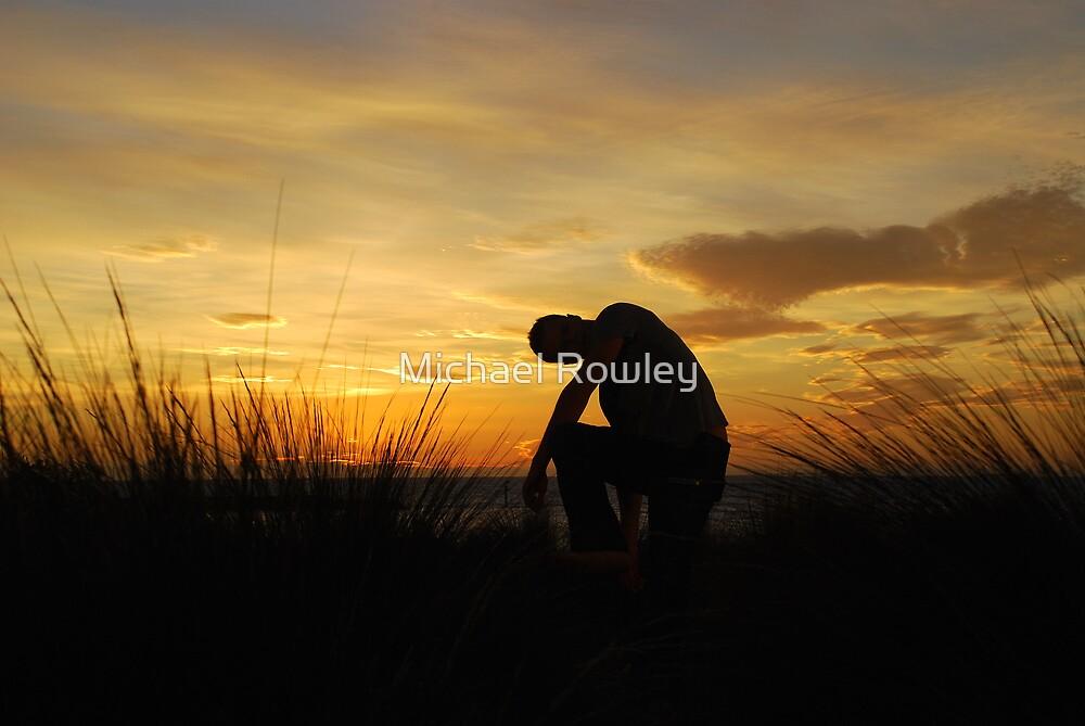 Silhouette Man by KeepsakesPhotography Michael Rowley