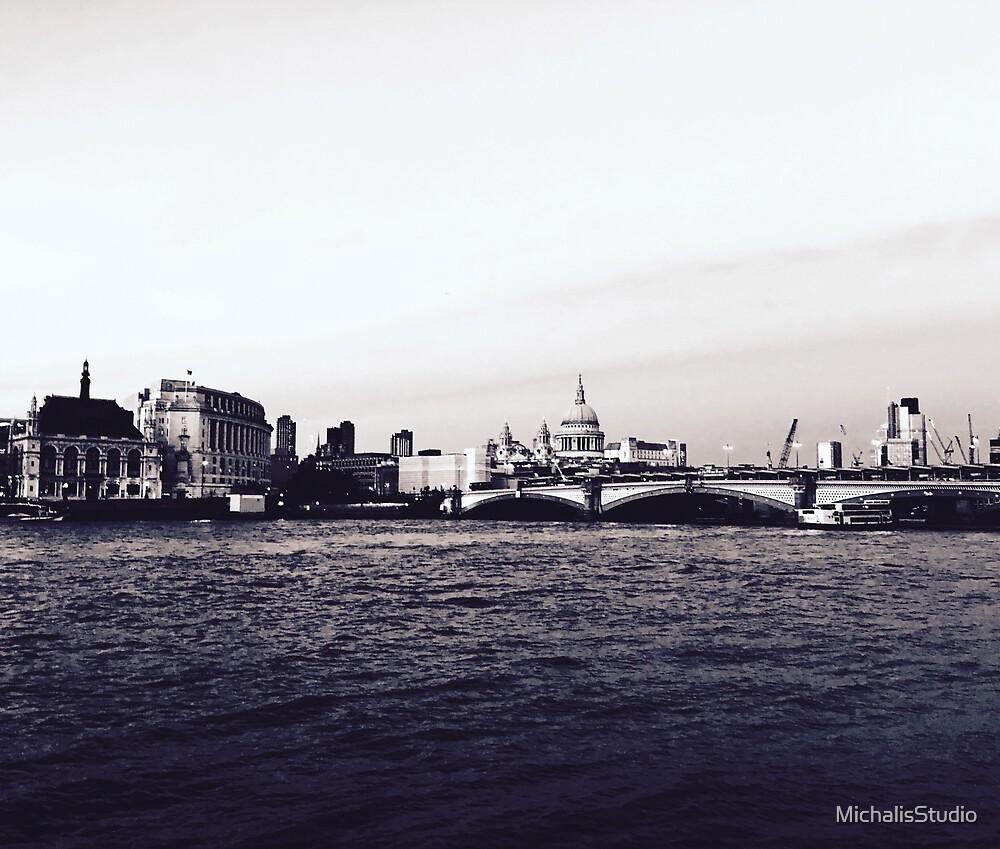 Cool London by MichalisStudio