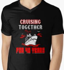 Top T-shirt For 40th Wedding Anniversary, Fashion Anniversary Gifts For Couple Men's V-Neck T-Shirt