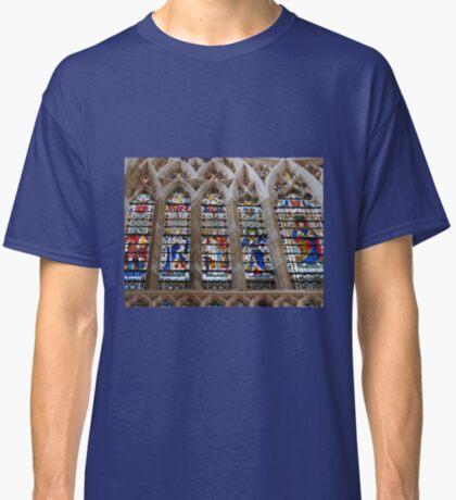 Atemberaubende Buntglasfenster Classic T-Shirt