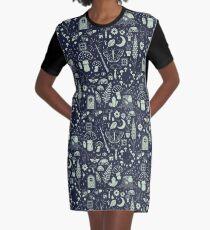 Märchengarten: Mitternacht T-Shirt Kleid