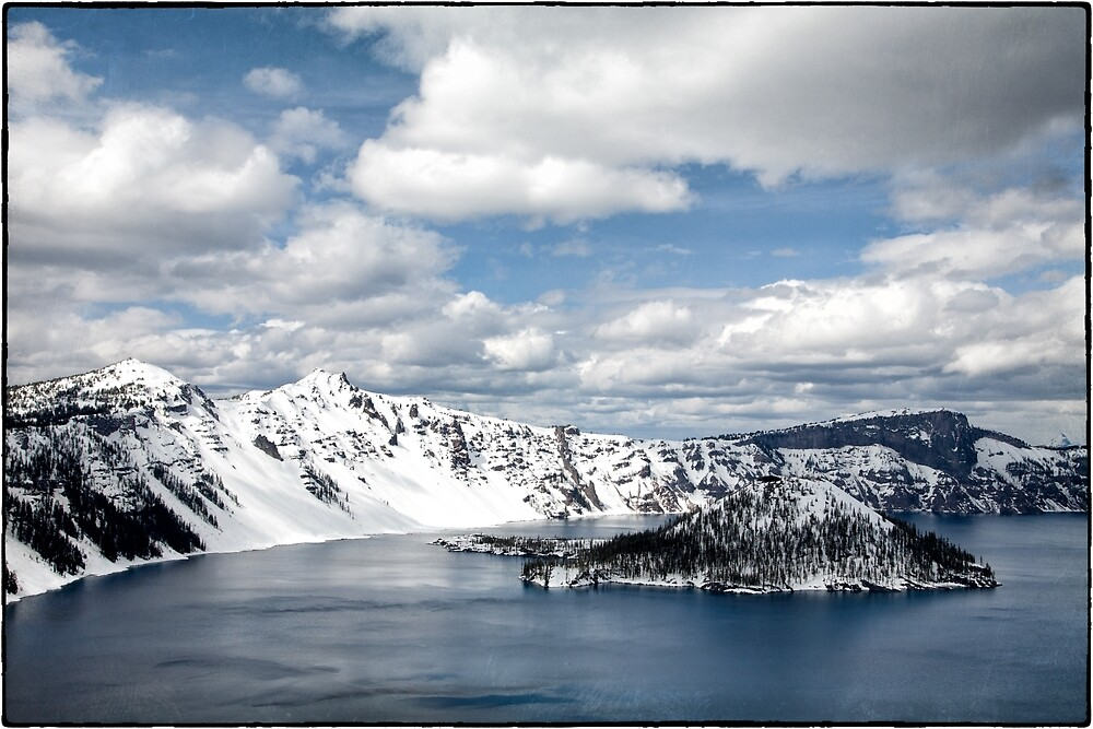 Crater lake by maximusvibe