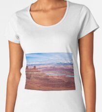 Desert lake Women's Premium T-Shirt