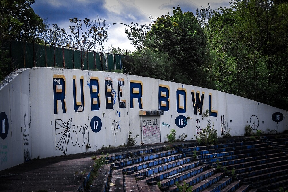 Rubber Bowl by Kaitlin Kidd
