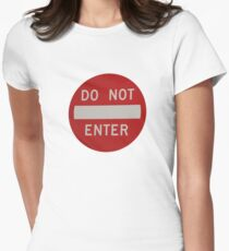 do not enter Women's Fitted T-Shirt