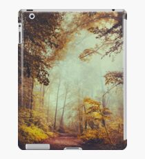 silent forest iPad Case/Skin