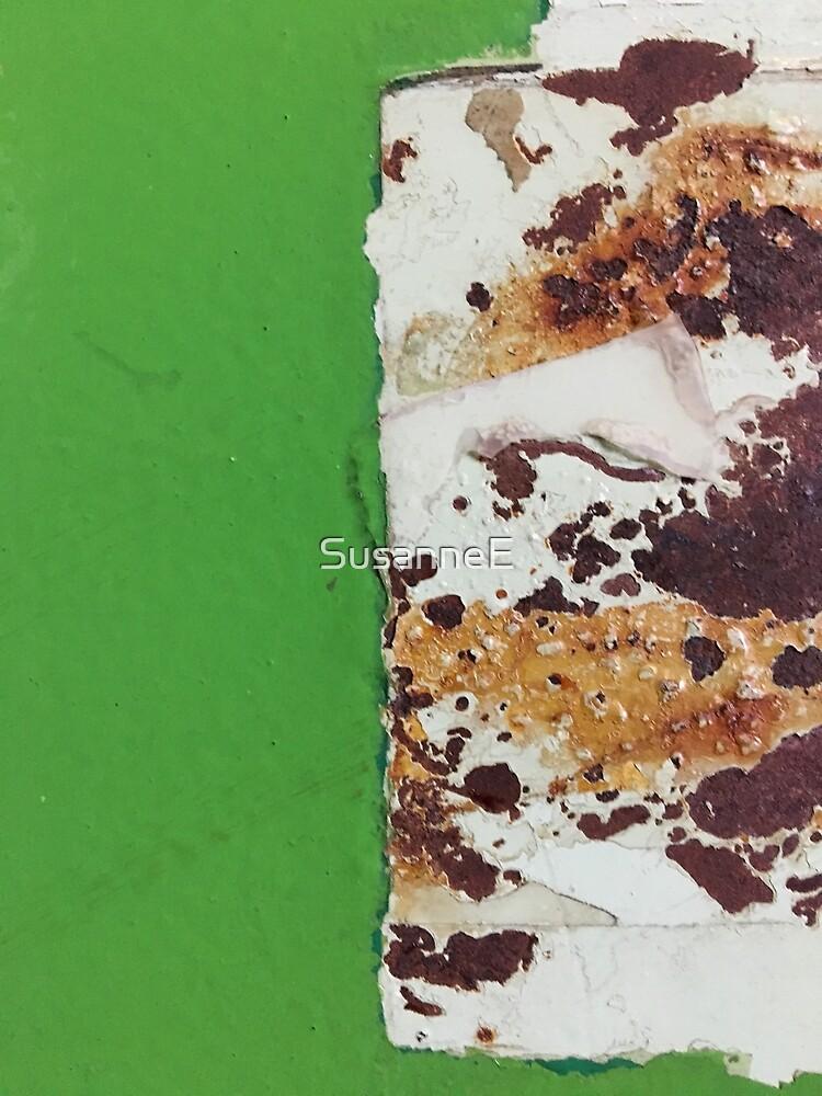 Green rust by SusanneE