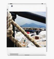 Napoli - Guardando il Vesuvio iPad Case/Skin