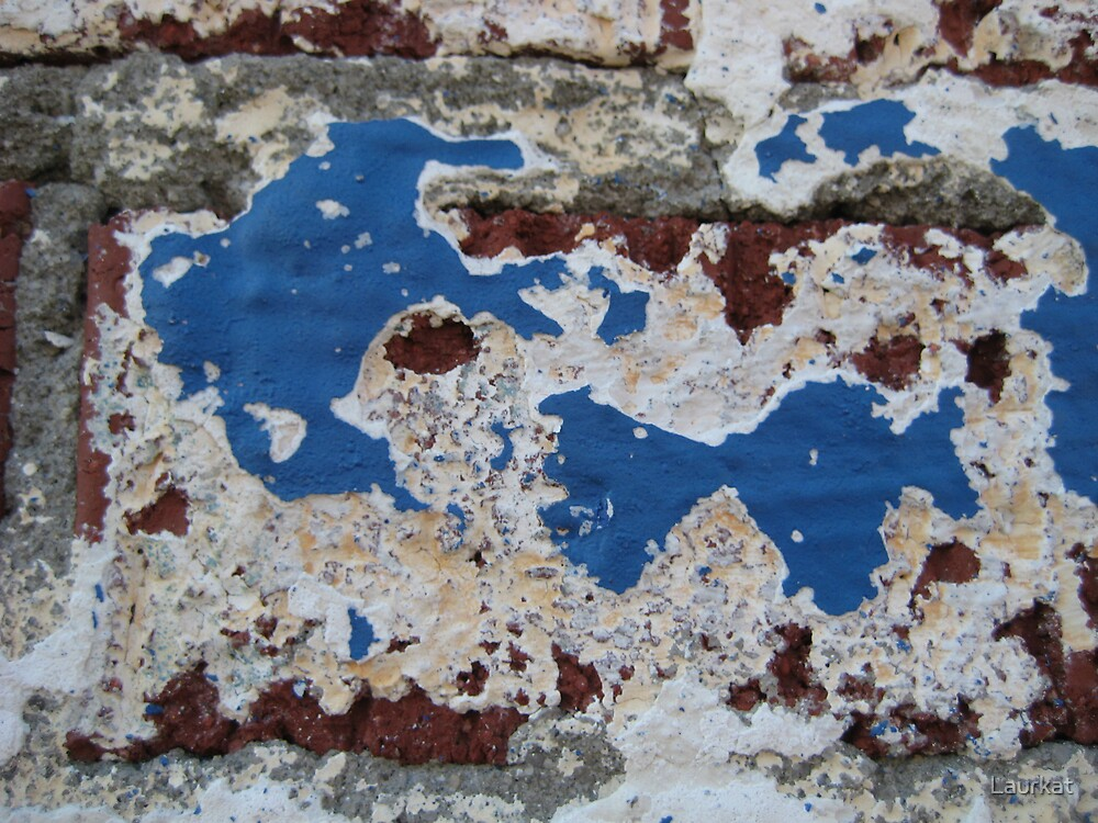blue brick, flaking and fading by Laurkat