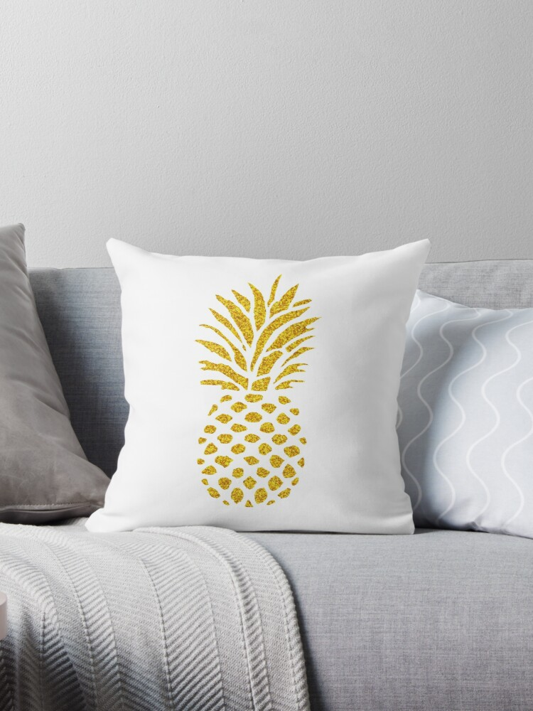 Pineapple  by Yamil Doval Dios