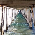 Under the pier by straylight