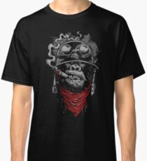Smoking Monkey - Gorilla Classic T-Shirt