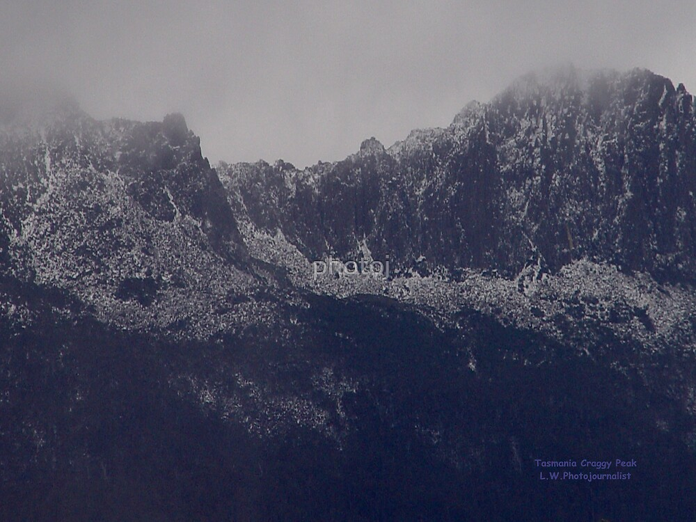 photoj Tasmania Craggy Peaks by photoj