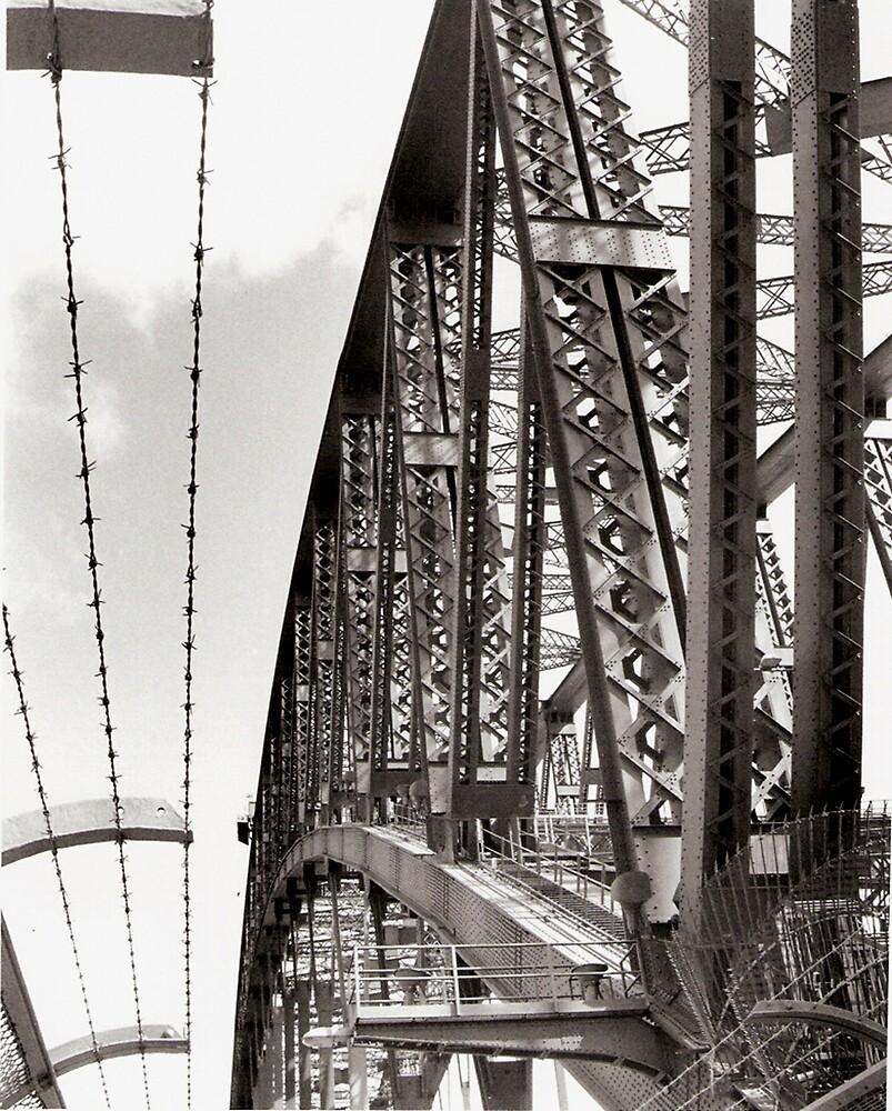 'Harbour Bridge' by buttons39