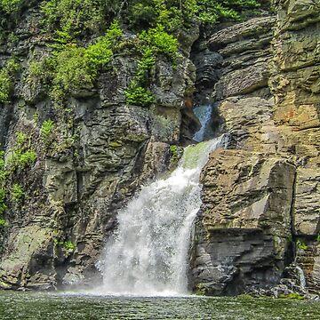 Linville Falls  by PaulLu