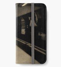 London underground iPhone Wallet/Case/Skin