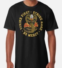 Cobra Kai - Strike First - Strike Hard - Keine Gnade - HD Distressed Variante 3 Longshirt