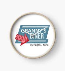 Oma's Diner - Es war einmal Uhr